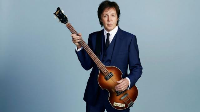 Fans, amigos y familiares festejan a Paul McCartney