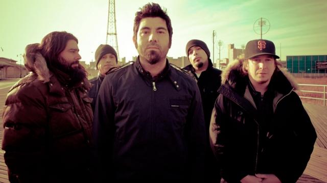 Chino Moreno alista el regreso de Deftones