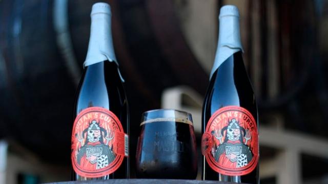 Mastodon lanzan su nueva cerveza Sultan's Curse