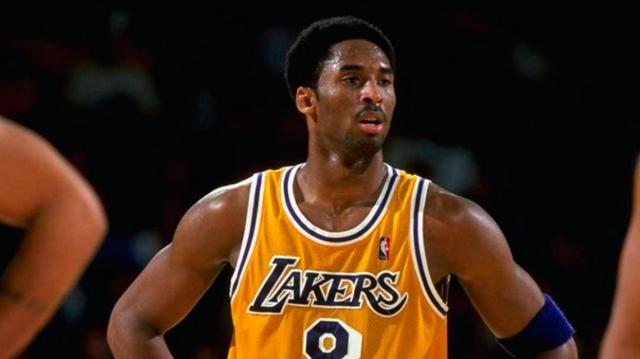 Muere Kobe Bryant, leyenda del basquetbol y fan del Rock y el hip hop