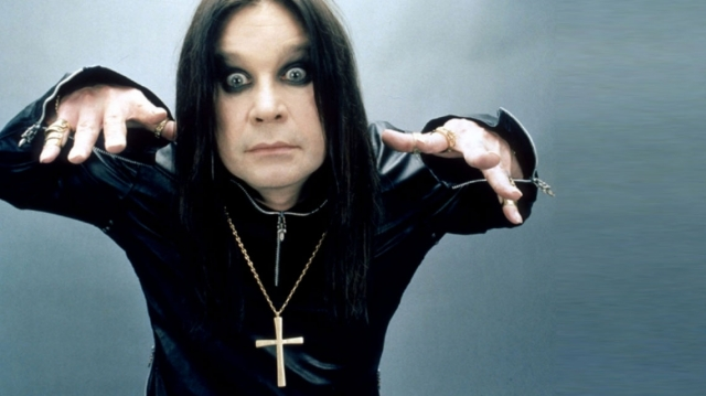 Ozzy Osbourne sigue mejorando de salud