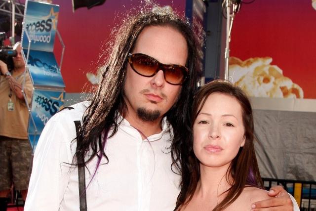 Fallece esposa de Jonathan Davis, vocalista de Korn
