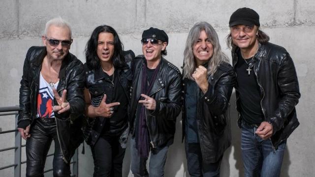 Mikkey Dee,ex baterista de Motörhead,habló del desafío que ha sido tocar con Scorpions