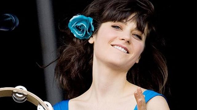 Zooey Deschanel, la actriz que también destaca en la música