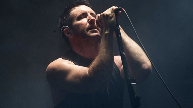 Nine Inch Nails rinden homenaje a David Bowie
