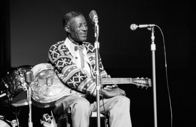 Muere Son House, leyenda del Blues