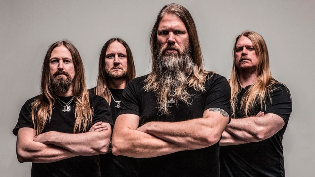 Amon Amarth lanzan video de su nueva canción 'Crack The Sky'