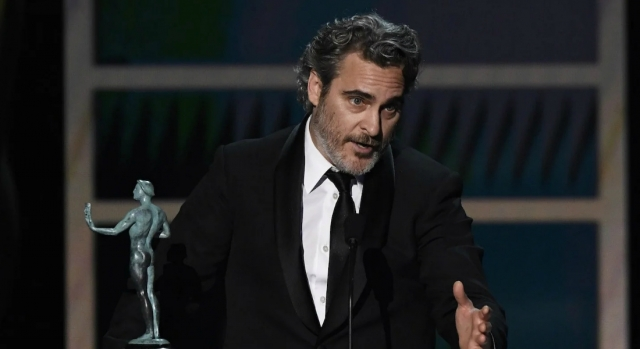 Joaquin Phoenix recordó a Heath Ledger al ganar con 'Joker' en los SAG Awards 2020