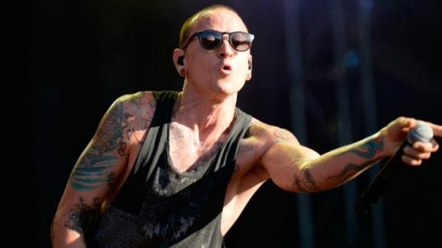 Korn y Stone Sour dedican show a Chester Bennington