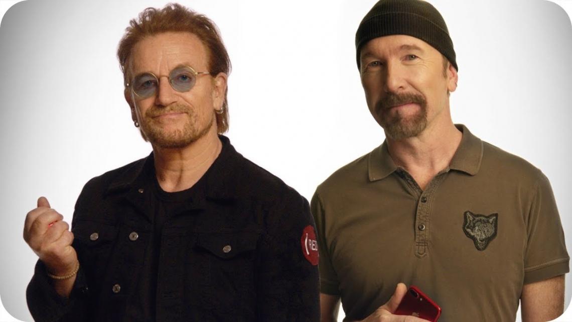 Bono y The Edge fueron músicos callejeros en Navidad