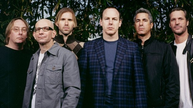 Bad Religion lanzan su canción 'The Profane Rights Of Man'