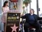 Lana Del Rey acompañó a Guillermo Del Toro en la develación de su placa en el Paseo de la Fama
