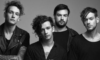 The 1975 estrena 'Love It If We Made It'