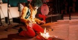 Jimi Hendrix, a 52 años de incendiar su guitarra