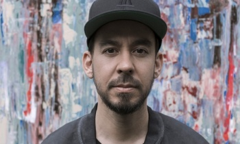 Mike Shinoda estrena vídeo para 'Running From My Shadow'