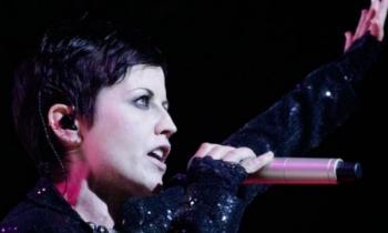 Músicos se reúnen para homenajear a Dolores O'Riordan