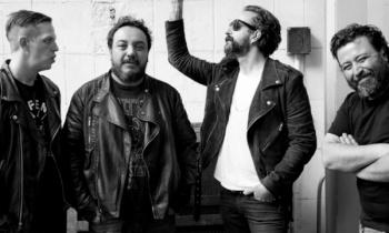 Molotov estrenan su material en vivo '¿Dónde Jugarán Lxs Niñxs?'