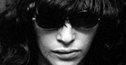 16 años sin Joey Ramone