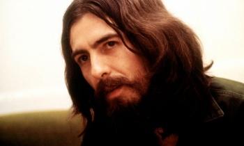 El mundo celebra nacimiento de George Harrison
