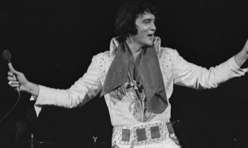 Cuando The Beatles conocieron a su ídolo Elvis Presley